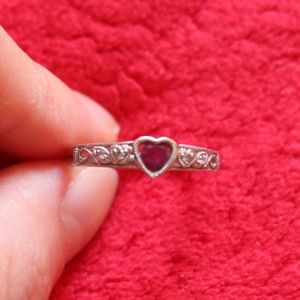 White Gold Ring with Ruby and Diamonds
